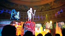 Inside Caesars Palace - Cheesy Mechanical Puppet Performance