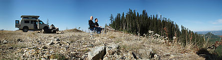 Huckleberry Ridge - Lunch - Geoff - Alexis - Panorama