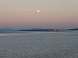 Kayaking Lummi Island - DNR Campsite - Sunset and Moonrise - Dinner
