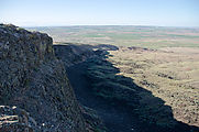 Saddle Mountains (East) - Nike Missile Site - Cliff