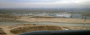 Driving Out of Tijuana - US Border (12/28/2001 3:10 PM)