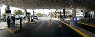 Baja - Mexicali - Border Crossing - Vehicle Inspection Area