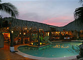 Tamarindo - Hotel Jardin del Eden - Pool - Sunset (Jan 3, 2005 5:49 PM)