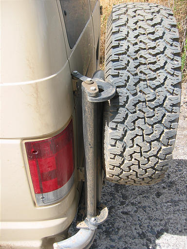 aluminess rear tire carrier sportsmobile adventures