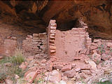 Comb Ridge - Ruins - Walls (6:45 PM Oct 9, 2005)
