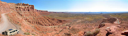 Moki Dugway - Looking East - Sportsmobile (11:11 AM Oct 11, 2005)