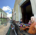 Yucatan - Mérida - Restaurant - Plaza Serenata - Lunch - Sitting on Balcony - Laura - Lyra - Geoff